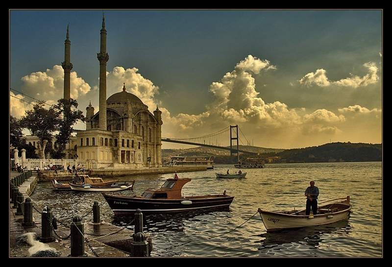Istanbul: Troubled Waters